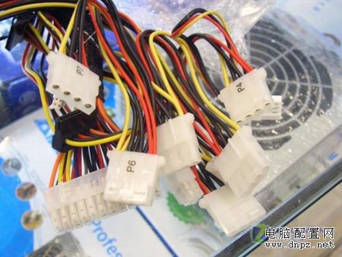 300W台达电源+微星机箱套装超低价238
